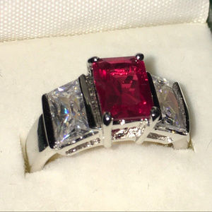 Jewelry - Size 6 Ring w/ Red Stone Silver Tones Band w/ Box